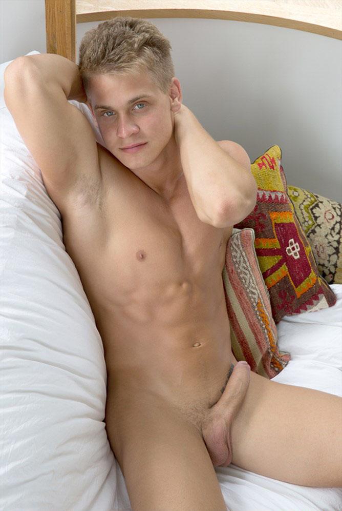 Mark Sullivan (Model of the Week) at BelAmiOnline.com