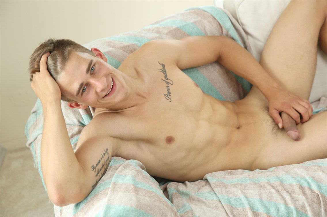 Louis Grenier (Pin-Up) at BelAmiOnline.com