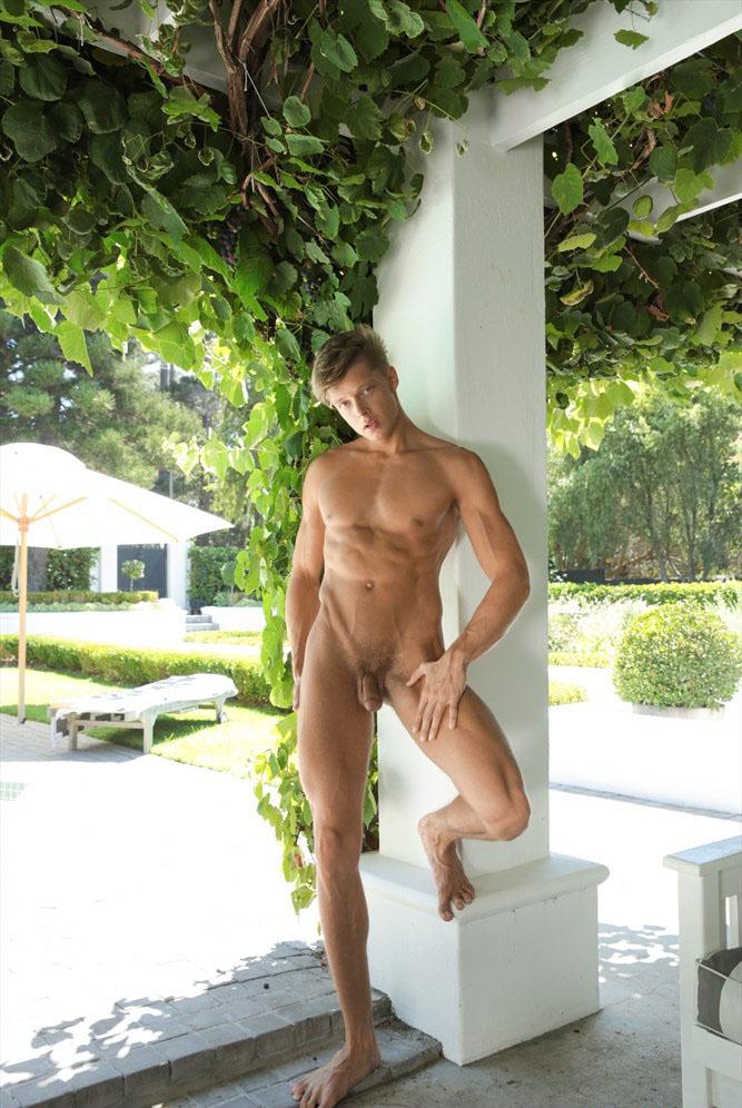 Christian Lundgren (Model of the Week) at BelAmiOnline.com