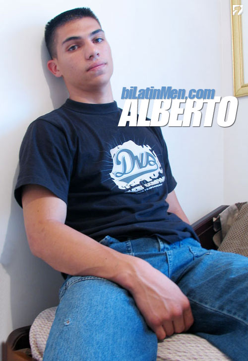 Alberto at BiLatinMen.com
