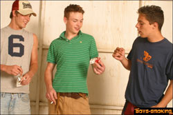 Boys-Smoking.com