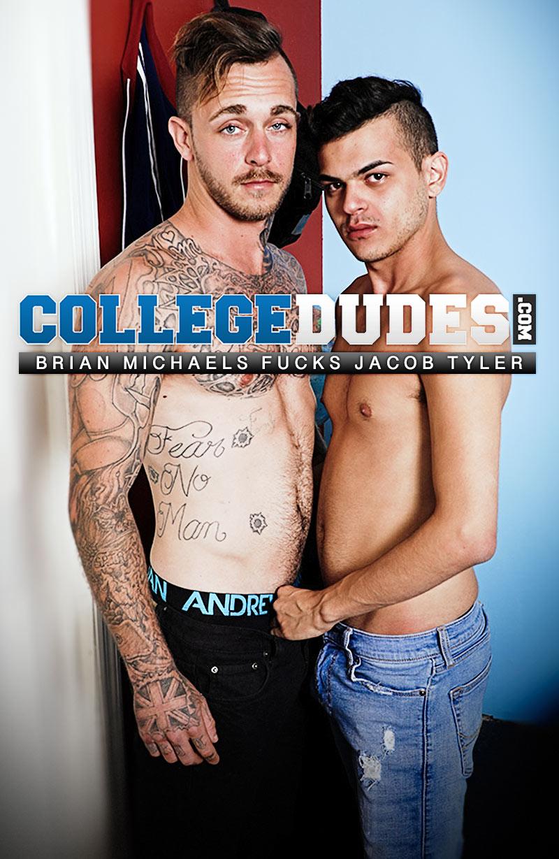 Brian Michaels Fucks Jacob Tyler at CollegeDudes.com