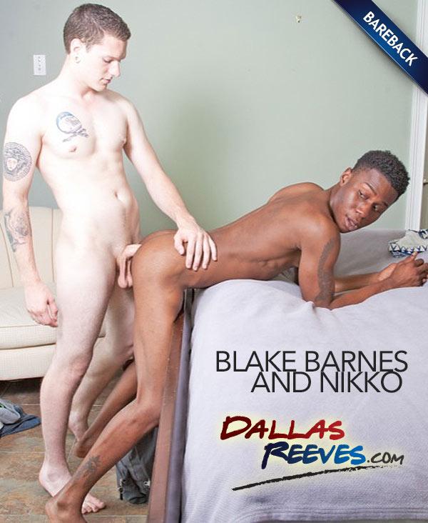 Blake Barnes Fucks Nikko (Bareback) at DallasReeves.com