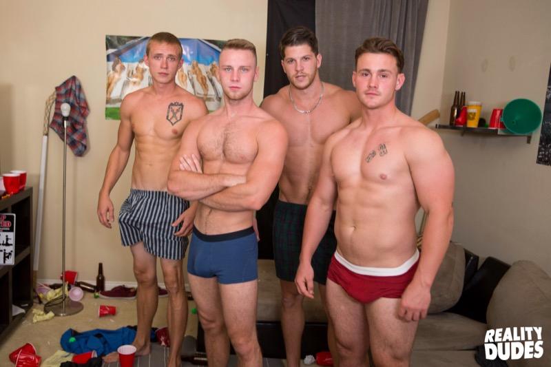 Weights (Trevor Long, Brandon Evans, Ashton & Zane Anders) at DickDorm.com