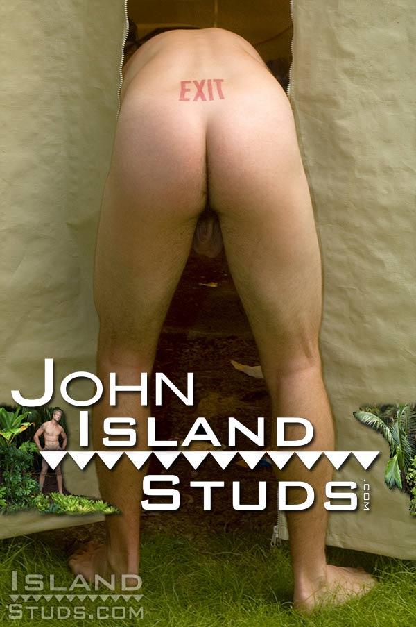 John (Smooth Tourist Boy) at IslandStuds