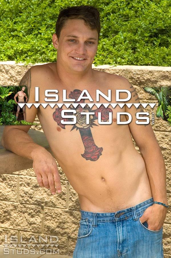 Ollie (Hawaiian Marine with Massive Nuts) at IslandStuds