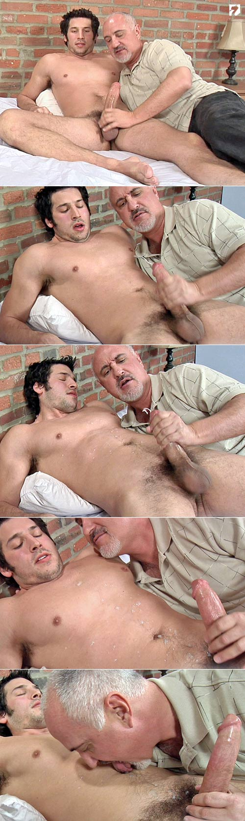 Leo Giamani Serviced at Jake Cruise
