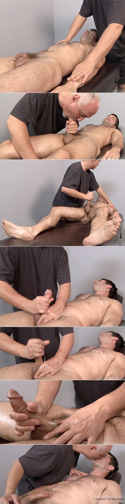 Mario Yanko (Bareback Massaged) at Jake Cruise