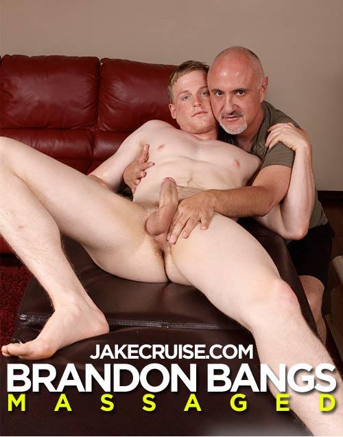 Brandon Bangs Massaged at JakeCruise