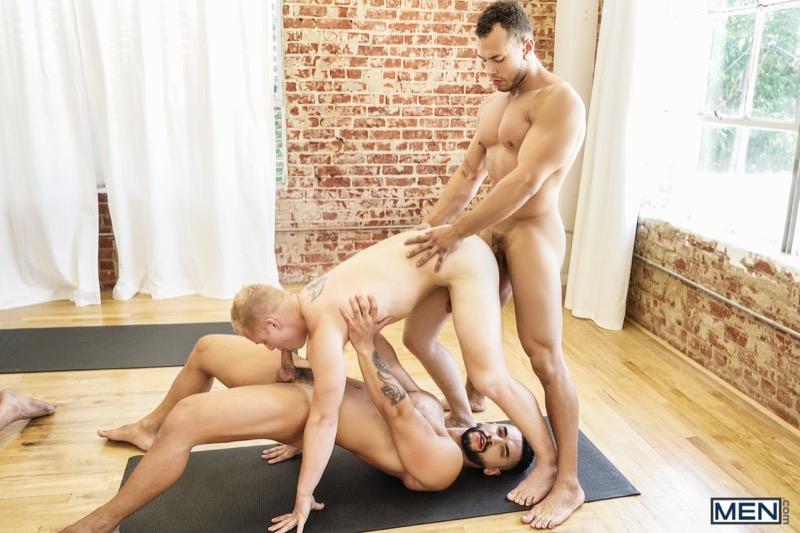 Yoga (Wesley Woods, Arad Winwin, Jacob Peterson, Leon Lewis, Casey Jacks and Leo Luckett) at JizzOrgy