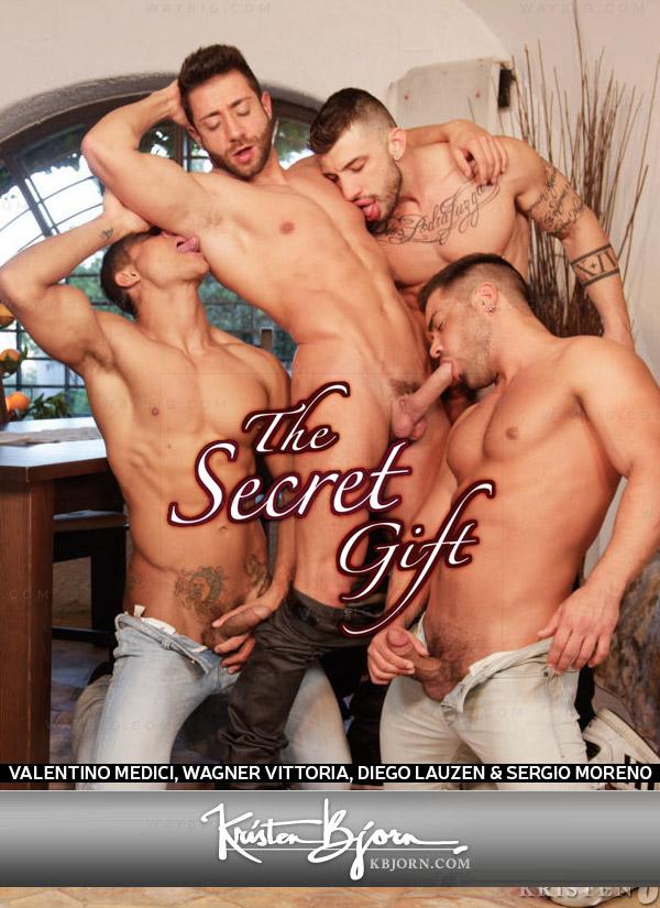 The Secret Gift: Chapter 7 (Valentino Medici, Wagner Vittoria, Diego Lauzen & Gaspar Moreno) at KristenBjorn