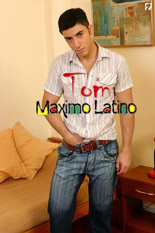 Tom at MaximoLatino