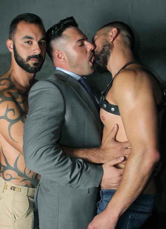 The Sleaze Room (Xavi Duran, Gabriel Lunna and Cristian Sam) on MenAtPlay