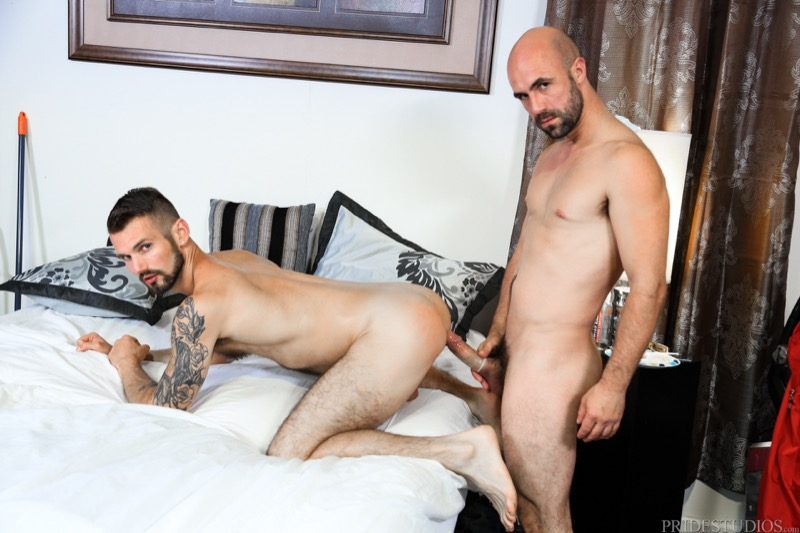 What A Mess! (Lex Ryan Fucks Chris Harder) at MenOver30.com