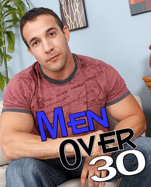 Max Sinclair at MenOver30