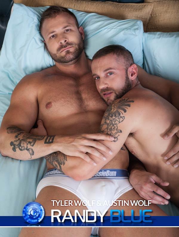 Tyler Wolf & Austin Wolf (Flip-Flop) at Randy Blue