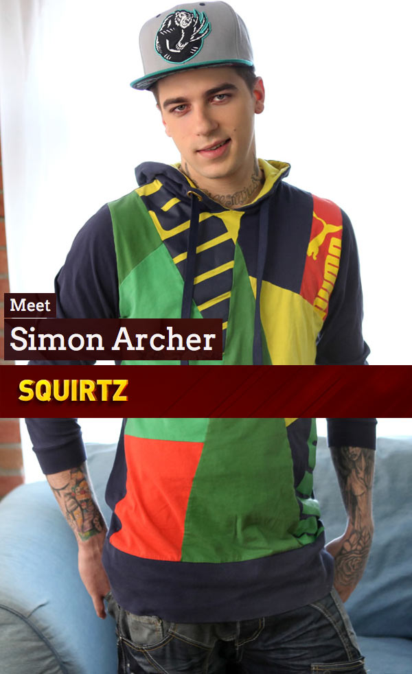 Simon Archer (Solo) at Squirtz.com