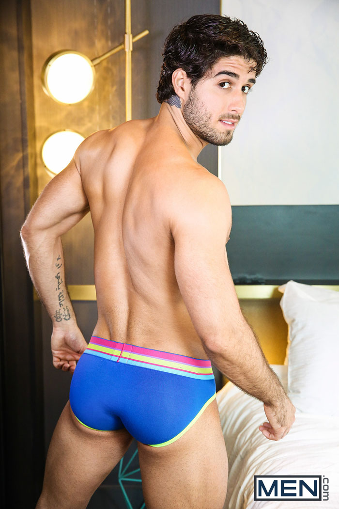 great cacapon gay personals Let menkarta allow you to look for probably the most appropriate gay cruising in great cacapon even though you keep in great cacapon our wide gay meeting places catalog is getting bigger just about on a daily basis thanks to men and women like you.